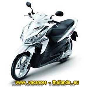 rent-with-the-villa-scooter-Honda-click-125-CCM3